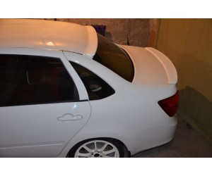 Спойлер GT на Ладу Гранта
